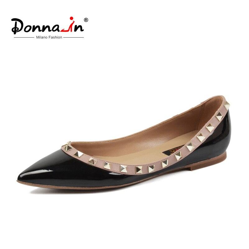 Donna-en 2018 Nouvelle arrivée Femmes En Cuir Chaussures Plates Bout Pointu Rivet Casual Femme Appartements Mode Confortable Noir Dames chaussures