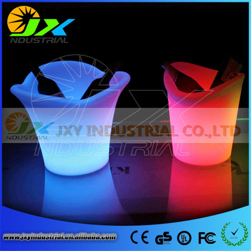 2016New Eco - Friendly High Quality Plastic PP 5L Colorful LED Ice Bucket Champagne Wine Beer Luminous Cooler For Bar Party