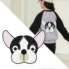 pocket cat patch high quality lifelike 3d embroidery cloth stickers are attached to the cute applique coat diy .