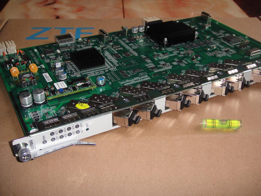 ZTE 8 ports GPON business board GTGO with 8 C++ SFP business board for C300 C320 OLTZTE 8 ports GPON business board GTGO with 8 C++ SFP business board for C300 C320 OLT