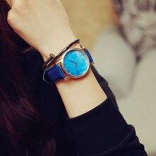2016 ULZZANG Nueva Moda Estilo Simple Top Famosa marca De Lujo reloj de cuarzo Mujeres casual relojes de Cuero Reloj reloj mujeres