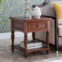 Американский уголок Несколько твердый деревянный диван боковой гостиной журнальный столик квадратный прикроватный столик простой боковой стол угловой стол