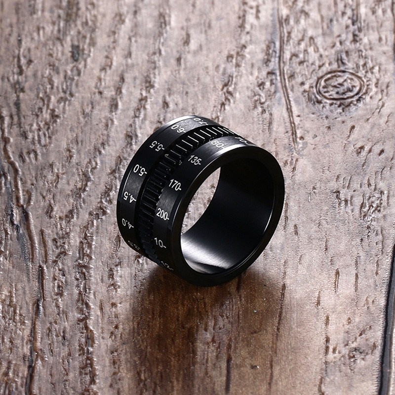 Mens Finger Rings in Black Stainless Steel SLR Telephoto Spinner Ring Lens Focus Band Male Jewelry Photographers Accessories