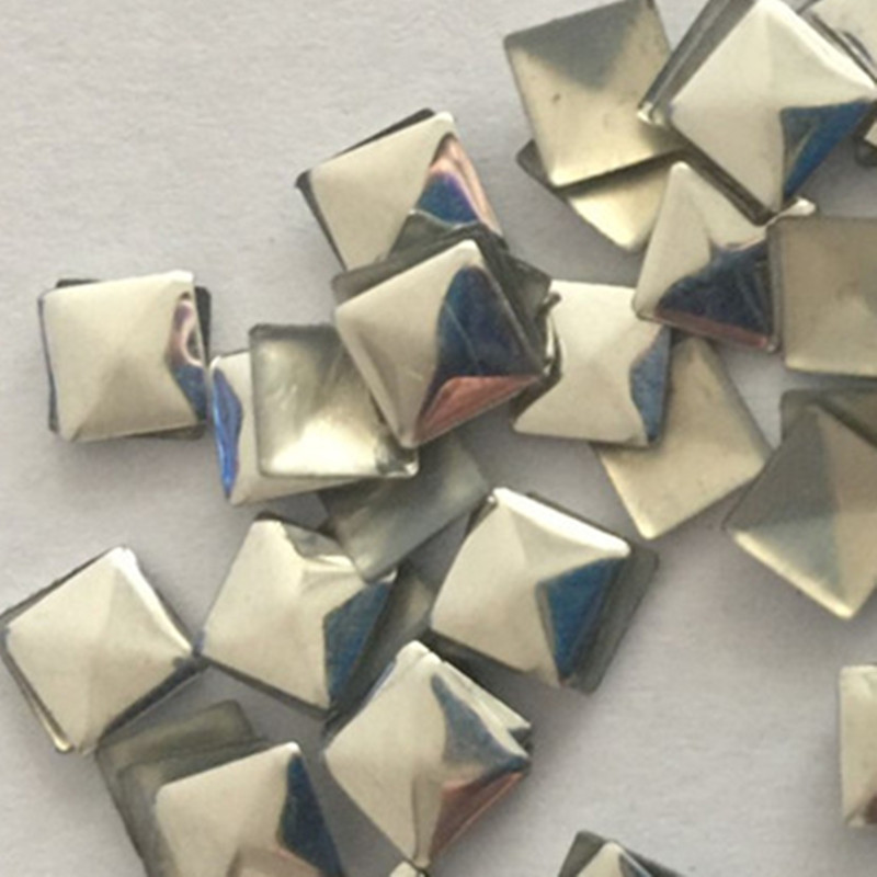 50pcs Hotfix Studs 10 10mm Silver Pyramid Iron Rhinestuds Hot Fix Nailhead Panel Pressing