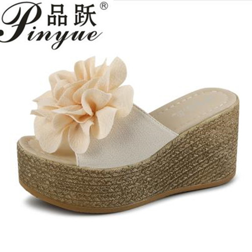hot Summer Platform Wedges Flip Flops Women Flowers Beach Sandals Fashion Casual Mid Heels Shoes Bohemian Slippers Black