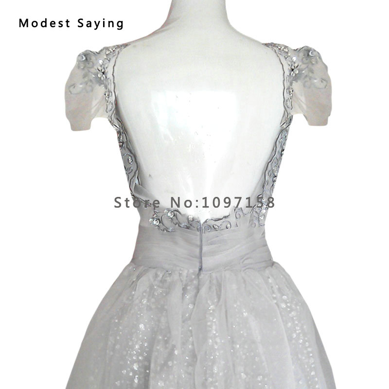 37e66864f03 Elegant Backless Grey Ball Gown Cap Sleeves Beaded Lace Party Cocktail  Dresses 2017 Short Mini Prom Gowns robe de cocktail YC45-in Cocktail Dresses  from ...