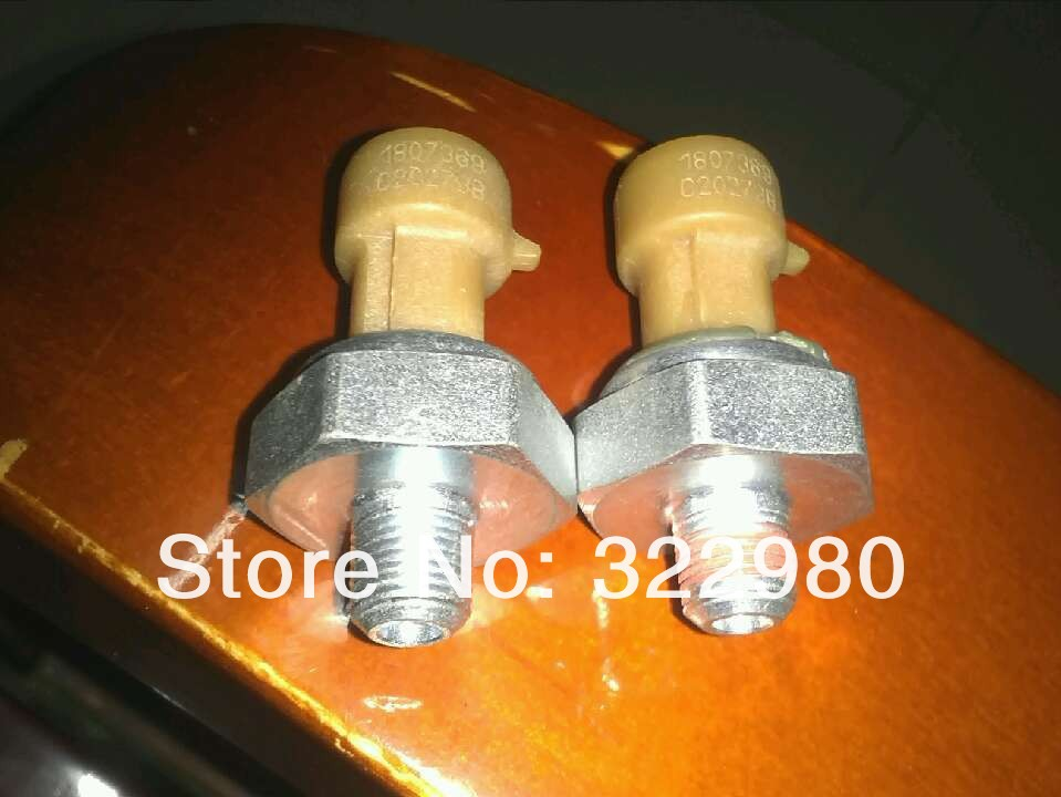 US $246 0  Original parts For Navistar Engine Oil Pressure (EOP) Sensor  DT466E I530E DT466/530 HT530 1807369C2-in Pressure Sensor from Automobiles  &