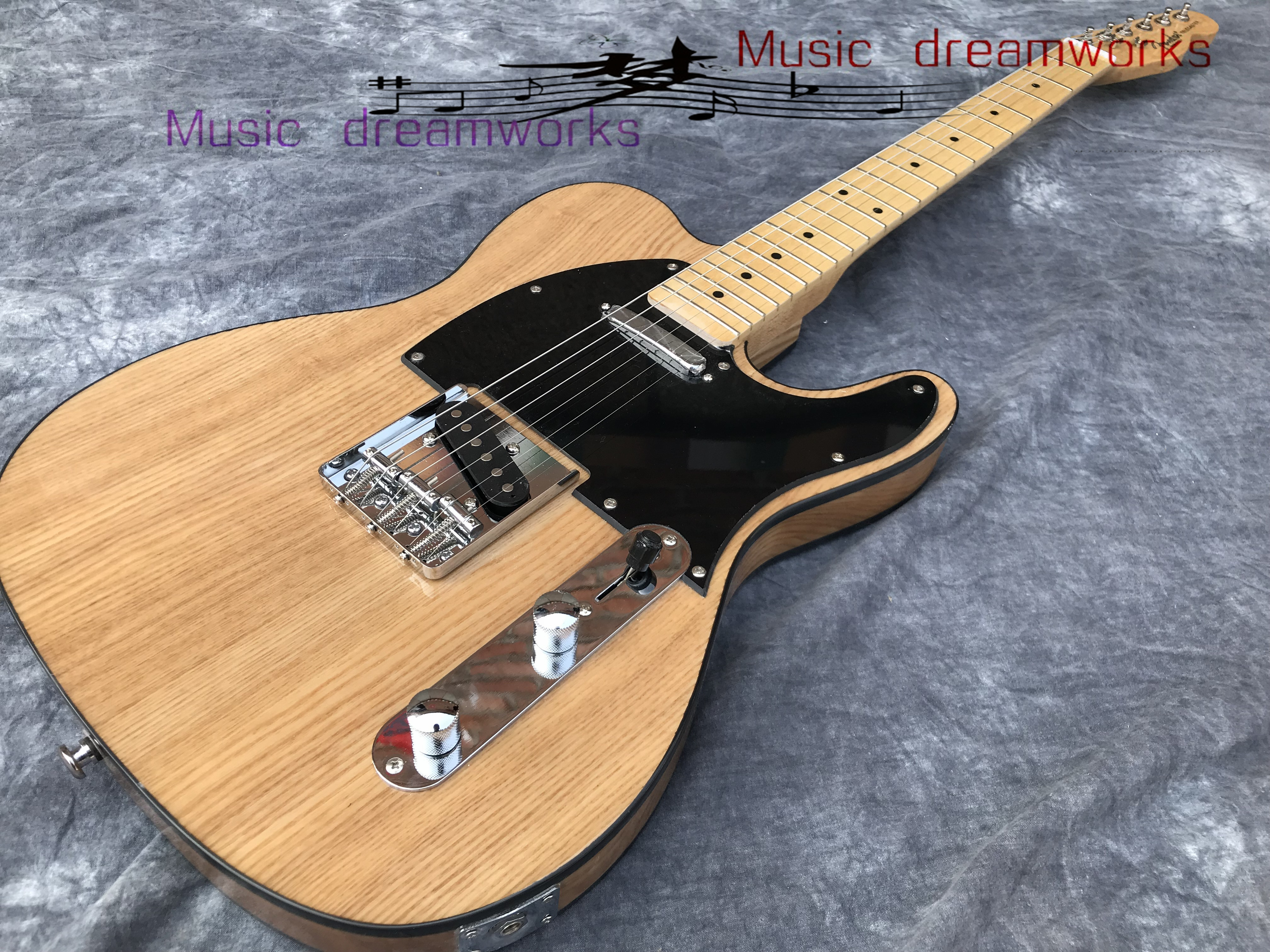 China firehawk electric guitar, T1L2 alder body light  color The color and logo can be changed  Free shippingChina firehawk electric guitar, T1L2 alder body light  color The color and logo can be changed  Free shipping