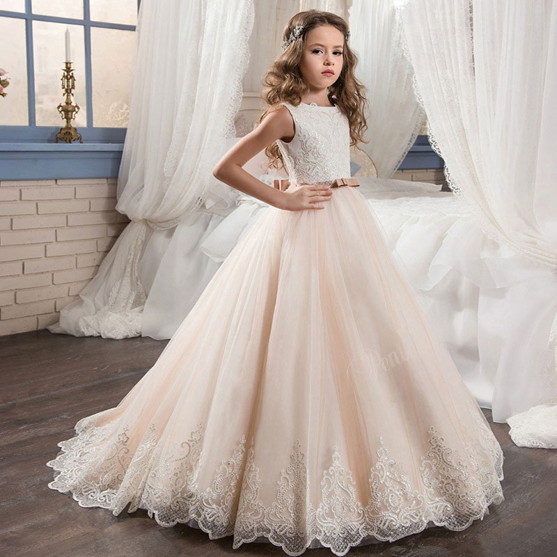 Lace Flower Girls Dresses Ball Gown Floor Length Girls Holy Communion Trailing Dress Princess Wedding Party Dress elegant baptism lace white flower girls party dresses kids floor length off the shoulder princess holy first communion dress