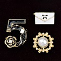 Set Of 3 CC No 5 Simulated Pearl Handmade CC Brooch Lady Lapel Pin Jewelry Accessories Gift