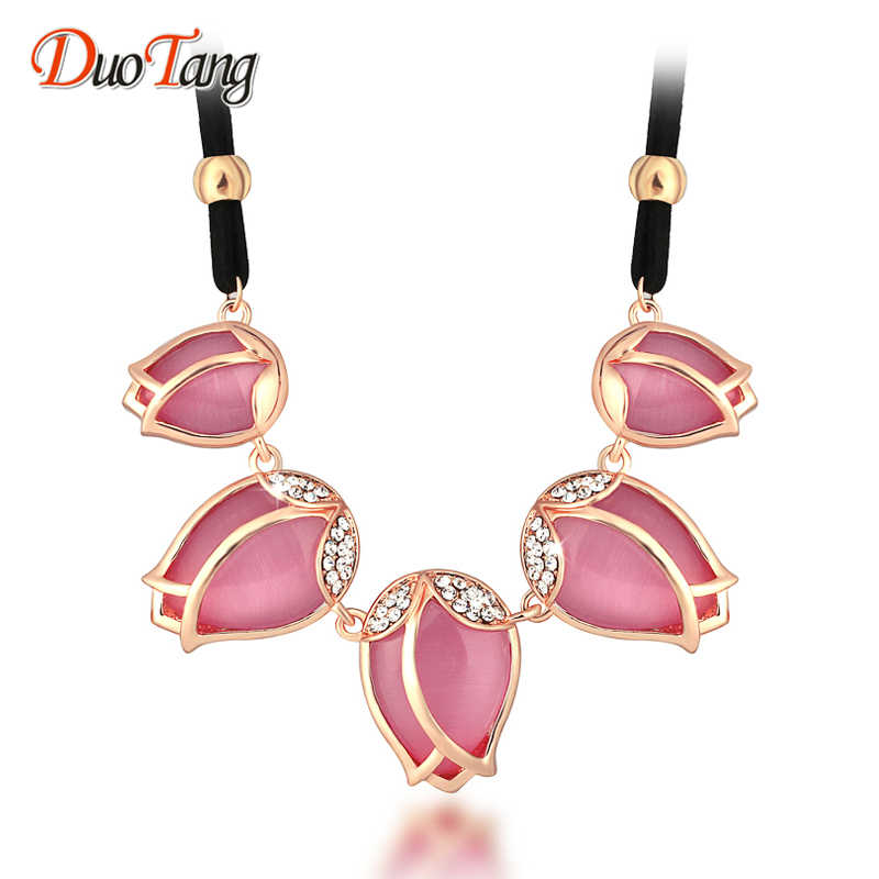 DuoTang Pink Flower Choker Necklaces Rhinestone Rope Chain Gold Color Pendant  Necklace For Women Trendy Jewelry 51af5b2a94c5