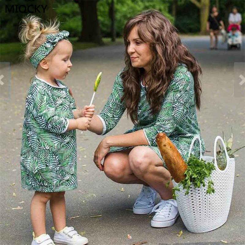 2019 conjuntos a juego de la familia vestido Floral madre hija vestidos damas vestidos niños ropa mamá hija familia ropa E15