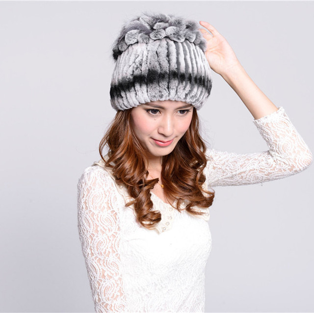 Woman oversized winter khaki gray stretch rabbit fur Bomber caps lady thick fox fur Crown Protective ear warm bomber hat