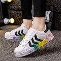 2017 Diseñador de Los Hombres Entrenadores Transpirable Carreras zapatos Casuales chaussure cordones Superstar hombres zapatos clásicos zapatos blancos