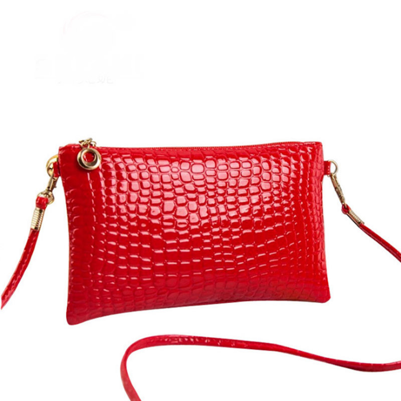 vintage casual small handbags hotsale women evening clutch ladies party purse famous brand crossbody shoulder messenger bags ybyt brand 2017 new vintage casual chains alligator women clutch hotsale ladies party purse shoulder messenger crossbody bags