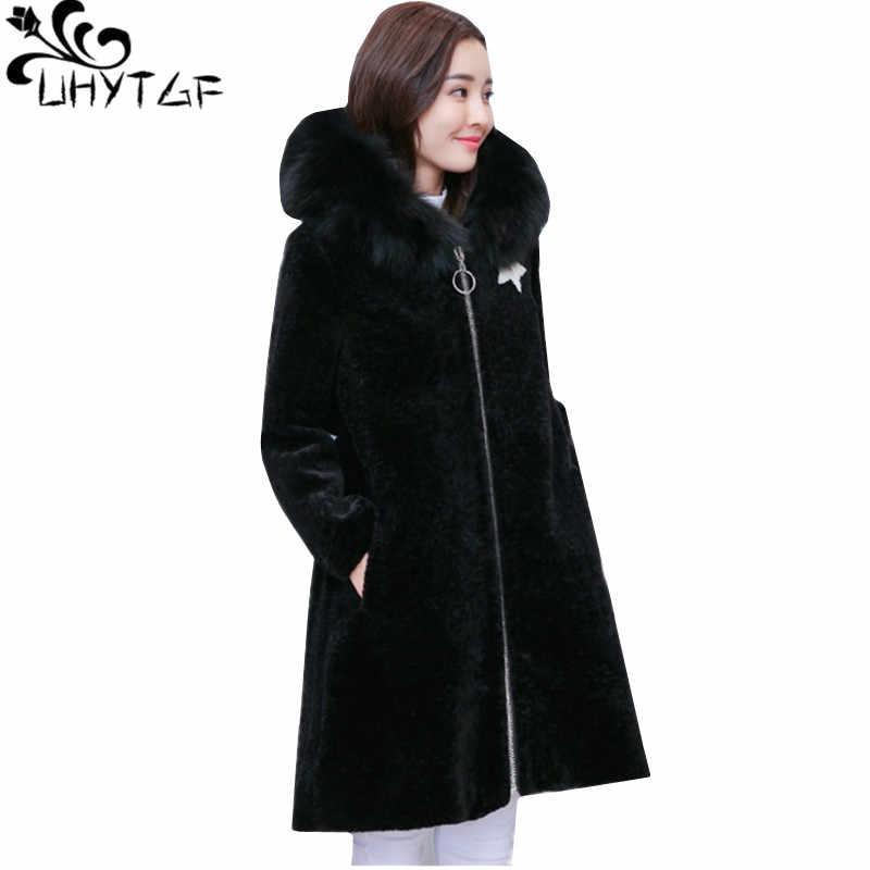 Фото UHYTGF Новый Повседневное зимняя куртка Для женщин Мода стрижки овец пальто меховой