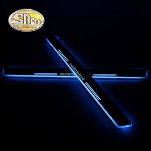 Image 4 - 4PCS 아크릴 이동 LED 환영 페달 자동차 스커프 플레이트 페달 도어 Sill 통로 빛 메르세데스 벤츠 W204 W205 C180 C200 세단