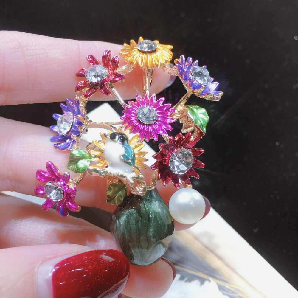 SHDIYAYUN New Pearl Brooch Flower Vase Brooch For Women Creative Enamel Brooch Pins Brooches Natural Freshwater Pearl Jewelry