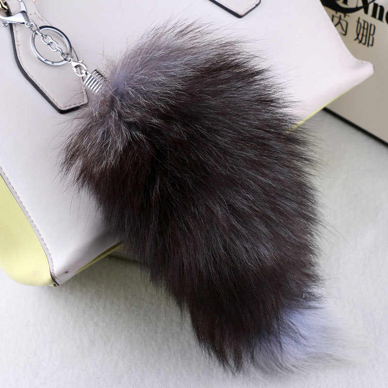 Cool Large Real Fox Fur Tail Keychain Pendant Fur Key Ring Chain For Women Girls Handbag Car Hanging Charm Party Gift Hot Sale