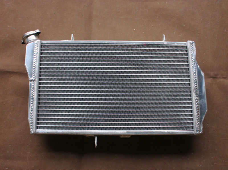 Aluminum Radiator For Honda CBR1100 CBR1100XX Super Blackbird Fuel Injected 1997-2008 4-stroke CBR 1100 XX