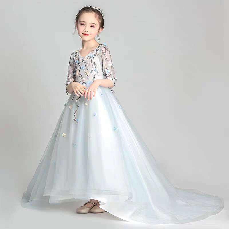 Little Girls Model Show Catwalk Embroidery Flowers Long Tail Dress Children Kids Evening Birthday Party Princess Trailing DressLittle Girls Model Show Catwalk Embroidery Flowers Long Tail Dress Children Kids Evening Birthday Party Princess Trailing Dress