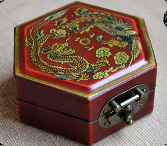 WOW==2017 Christmas good present-- retro vintage propitious dragon and phoenix red wood Jewel Jewelry Box