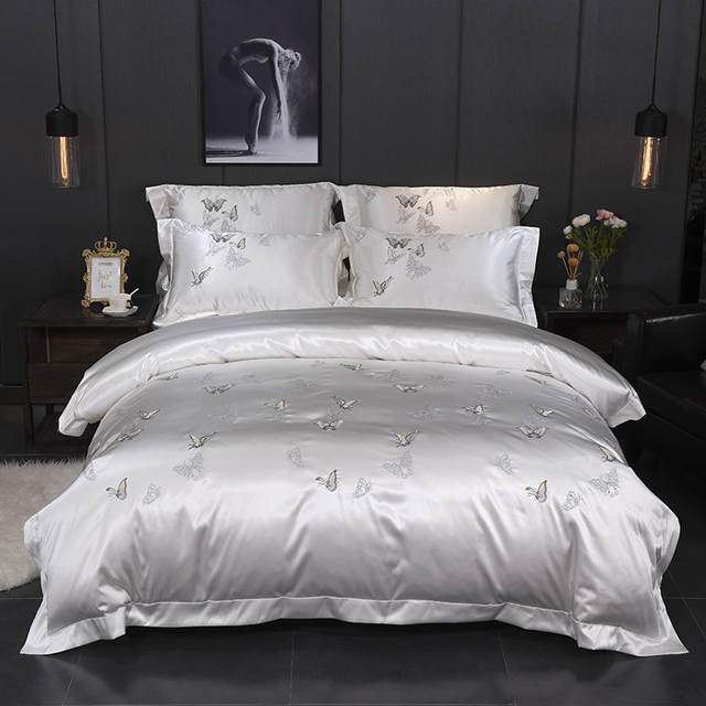 Fanaijia Embroidery white bedding set luxury cotton Jacquard duvet cover with Pillowcase Bedspread 4 pcs wedding Bed linen