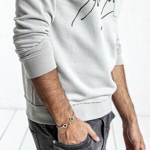 Image 4 - Simwood marca hoodies dos homens 2020 primavera nova moda magro ajuste carta impressão o pescoço camisolas masculinas plus size agasalho wt017020