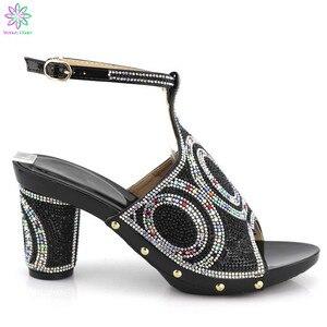 Image 1 - 2019 أسود اللون سوبر عالية الكعب أحذية أحذية النساء الأفريقية مزينة على الكعوب 8.5 سنتيمتر أحذية الزفاف الإيطالية