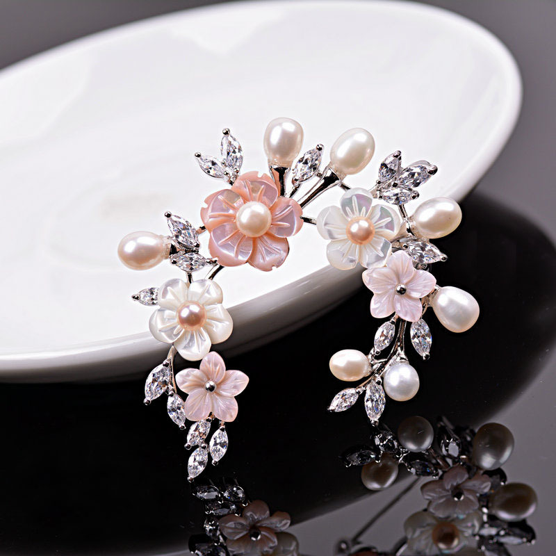 Hight Quality Micro Natural Silver Plated Flower Freshwater Pearl Brooch For Women Fashion Jewelry Vintage Dress Gift Brooch