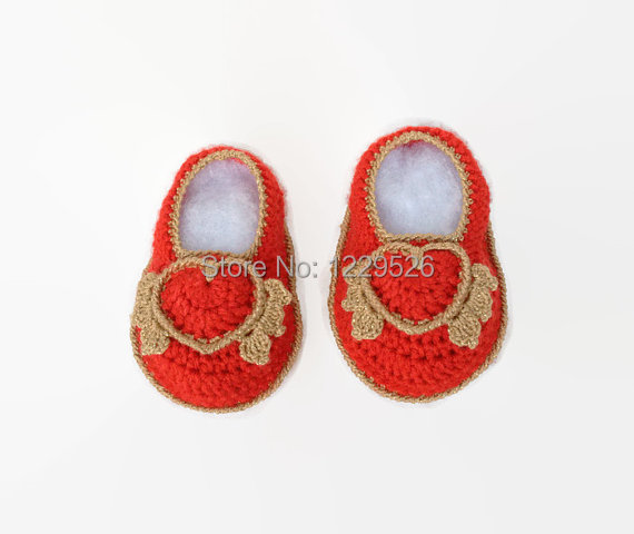 First Valentines, Valentines Crochet, Valentines Baby Girl, Baby Cupid, Crochet Baby Bootie Shoes, Baby Girl Shoes