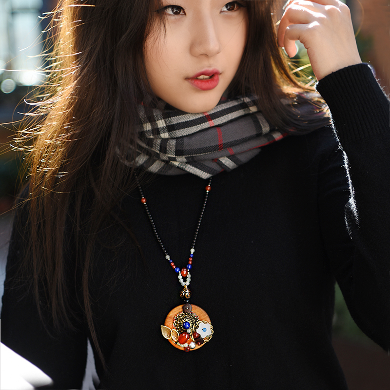 vintage sweater ethnic necklace for women long black red stone strand chain wood round bronze shell flower pendant new arrival