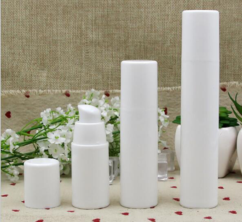 1pcs Empty Plastic Cosmetic Bottle 15ml/30ml/50ml Travel Mini Liquid Bottles White Airless Pump Vacuum Toiletries Container PJ83