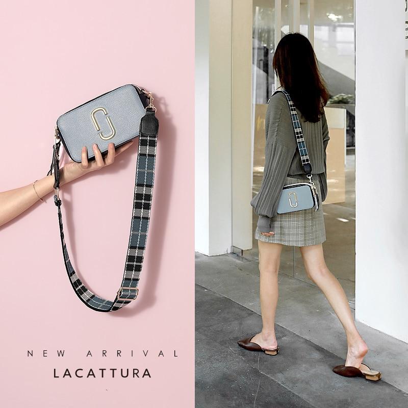 LACATTURA 2018 Famous Brand Design Women Messenger Bag Cross Cow Leather Snapshop Camera Bag Hit Color Small Panelled Clip Flap стоимость