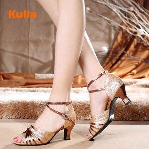 Image 2 - Sapatos de dança latina para mulher brilho cetim salsa tango sapatos sola de borracha macia senhoras sapatos de dança de salão salto 5.5cm tamanho 34 42