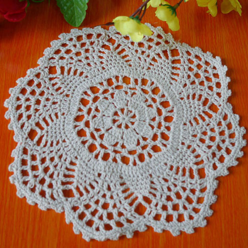 Handmade hook flowers Cotton Lace pads Many Uses / hollow Round decorative mat coasters / Vintage Europen style / Diameter 20CM