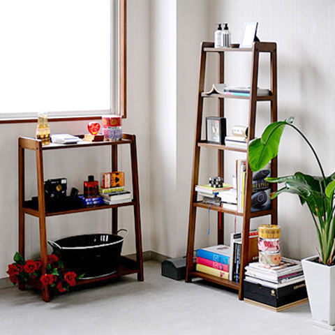 Creativo scaletta rack pavimento in legno multi rack ikea for Scaffale libreria ikea