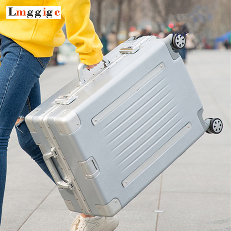 купить Aluminum Frame Scratch Resistant Rolling Luggage Bag,PC+ABS shell Travel Suitcase With Wheels, TSA Lock Trolley Case box по цене 9118.46 рублей