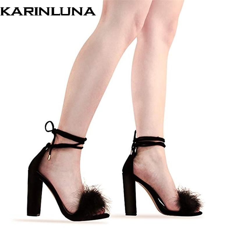 Karinluna 2019 grande taille 43 marque design plume fête chaussures femme élégant spike haut talon femmes chaussures d'été cheville-wrap sandales