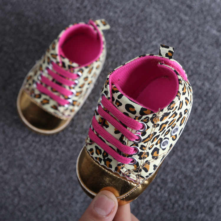 Newborn Casual Girls boys Baby Canvas Shoes Infantil First walkers Baby moccasins Soft bottom Canvas Bebe Anti-slip Baby shoes