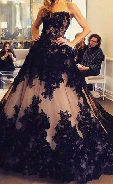 Princess Style Ball Gowns Prom Dresses Vintage Black Lace Applique ...
