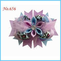 50 Good Girl Costume Boutique 4.5 Inch Feather F-Romantic Hair accessories Bow Clip