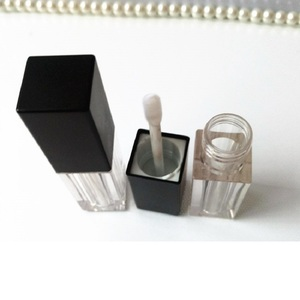 Image 3 - Empty 5 ML Lip Gloss Wand Tubes Square Black White Cosmetic Container Makeup Packaging Lipgloss Containers with Brush 120pcs/lot