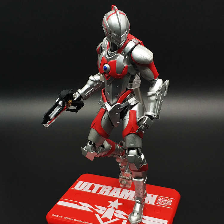 SHF Anime Ultraman Tiga Supperman Gewapende Hayata Shinjiro ULTRA-ACT PVC Action Figure Collectible Model Toy 12cm