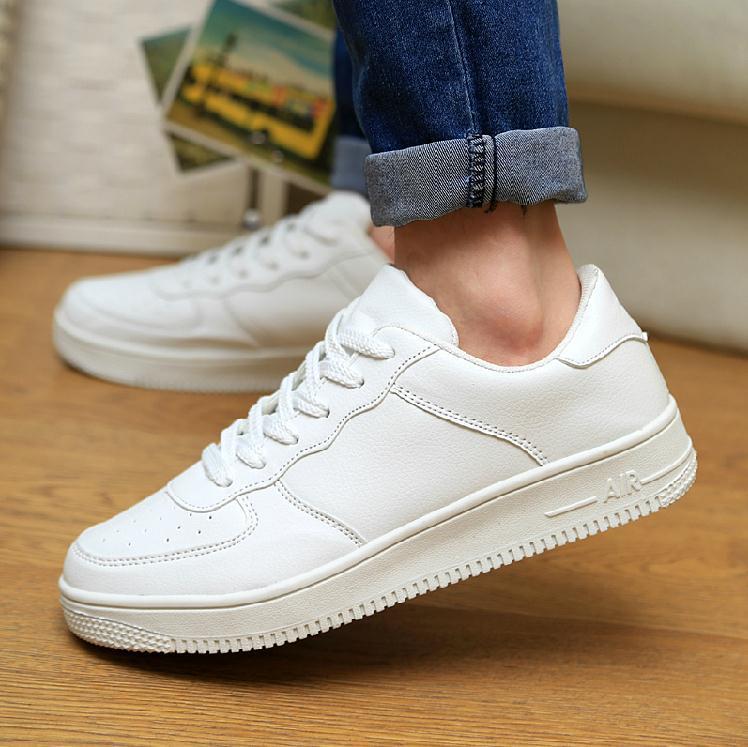71ed0ba2bcb7 ... Hommes blanc de printemps chaussures de sport femme chaussures de  course Couple mode chaussures de marche