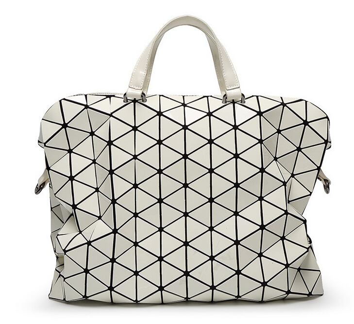 2015 Fold Over Geometric Zipper Briefcase bags Women Handbags Casual Japan  Brand Bao Bao Issey Miyake Shoulder bag Large Style-in Shoulder Bags from  Luggage ... 2a4b2339b3348