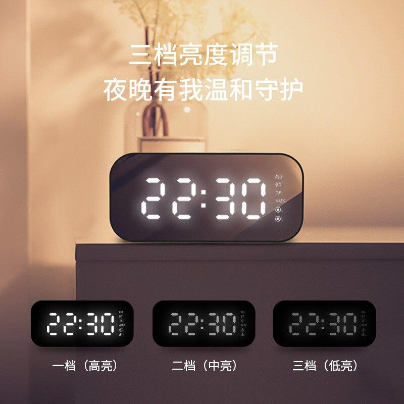 Nouveau lampe à LED avec haut parleur Bluetooth sans fil Mini Ultra basse pistolet miroir réveil stéréo intelligent - 2