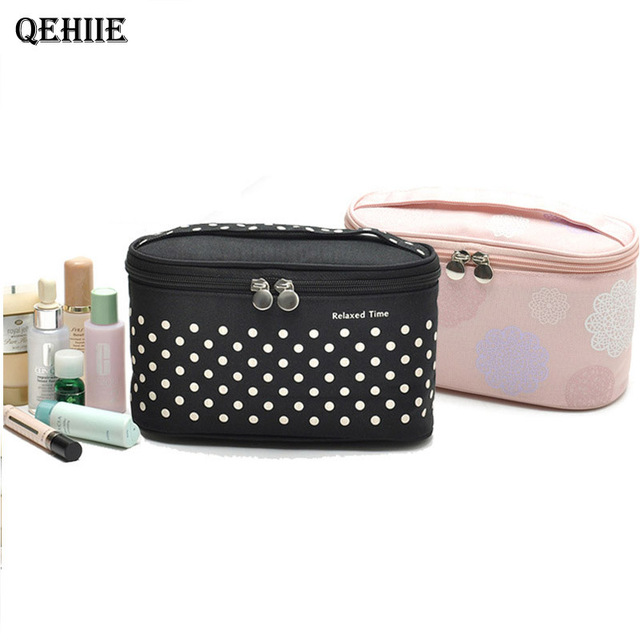 Women necessary Travel Portable Cosmetic Bag Large Capacity Waterproof Can Place Underwear Cosmetics Organizer