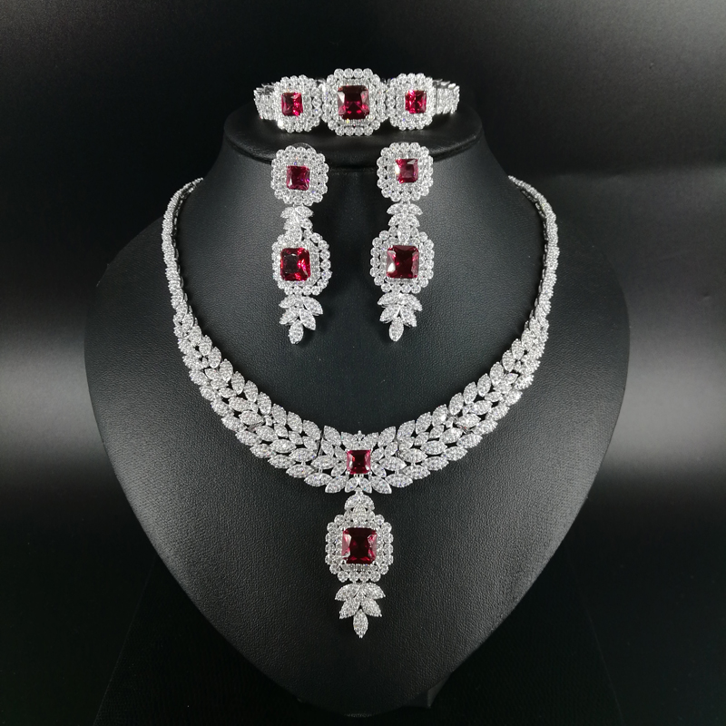 2018 new fashion red square CZ zircon necklace earring bracelet ring wedding bridal banquet dressing jewelry set free shipping 2018 new fashion luxury vintage green cz zircon necklace earring bracelet ring wedding bridal banquet dressing jewelry set
