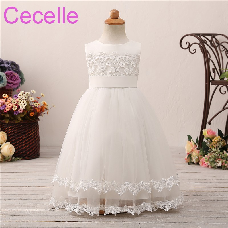 2019 Ivory A-line Long Simple Flower Girls Dress For Wedding Sleeveless Lace Sash Tulle Flowers Little Girls Formal Party Dress